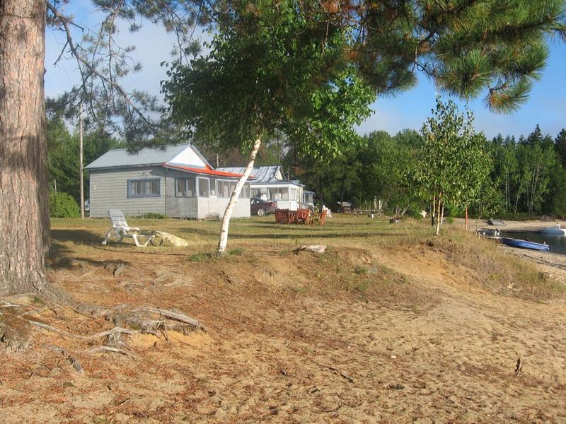 Pourvoirie Pavillon De L U2019esturgeon Du Reservoir Baskatong